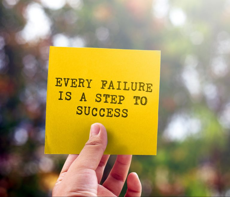 Każdy błąd przybliża Cię do sukcesu